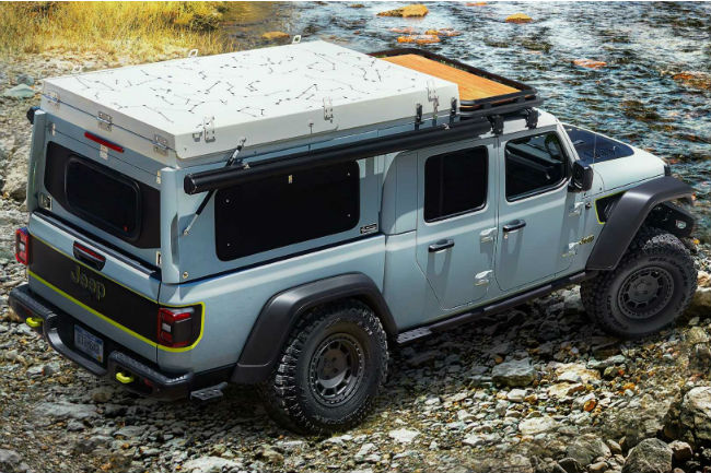 jeep_gladiator_farout_concept_2.jpg