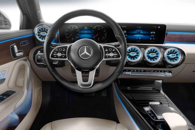 mercedes_clase_a_sedan_2020_6.jpg