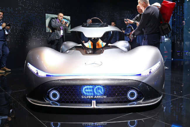 mercedes_vision_eq_silver_arrow_concept_1.jpg