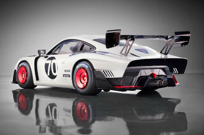Porsche presentó la nueva versión del 935 de carreras