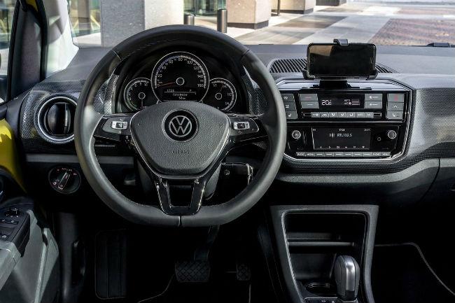 volkswagen_e-up_2020_4.jpg