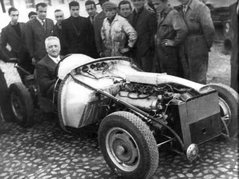 1947-ferrari-125s-enzo-ferrari_1.jpg