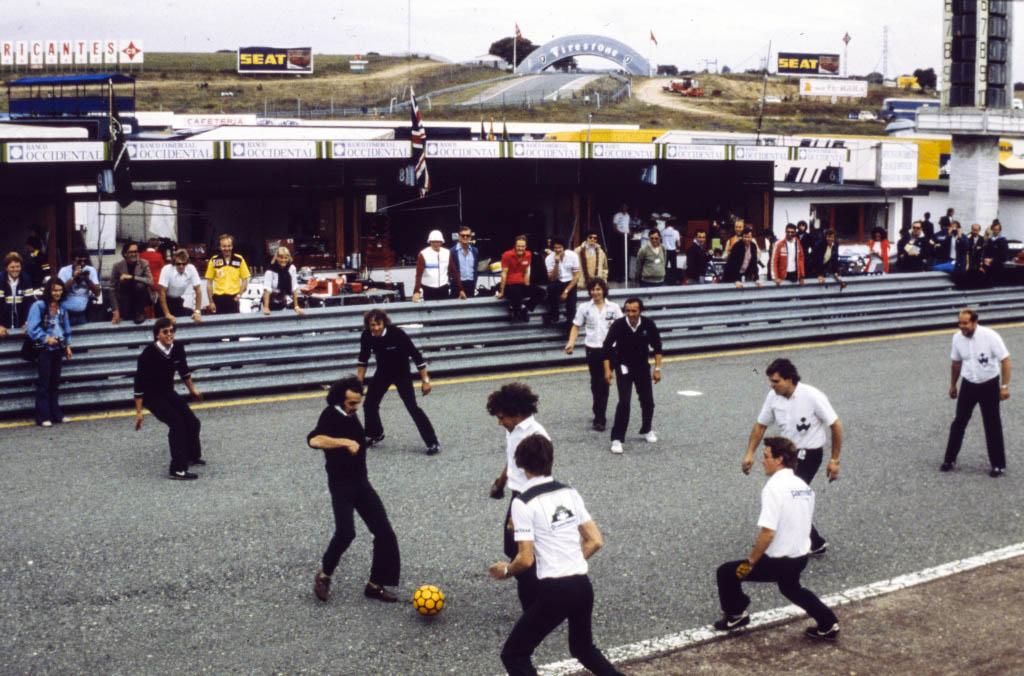 partido-futbol-jarama-soymotor.jpg