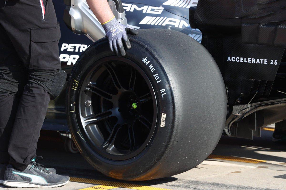 pirelli-2022-soymotor.jpg