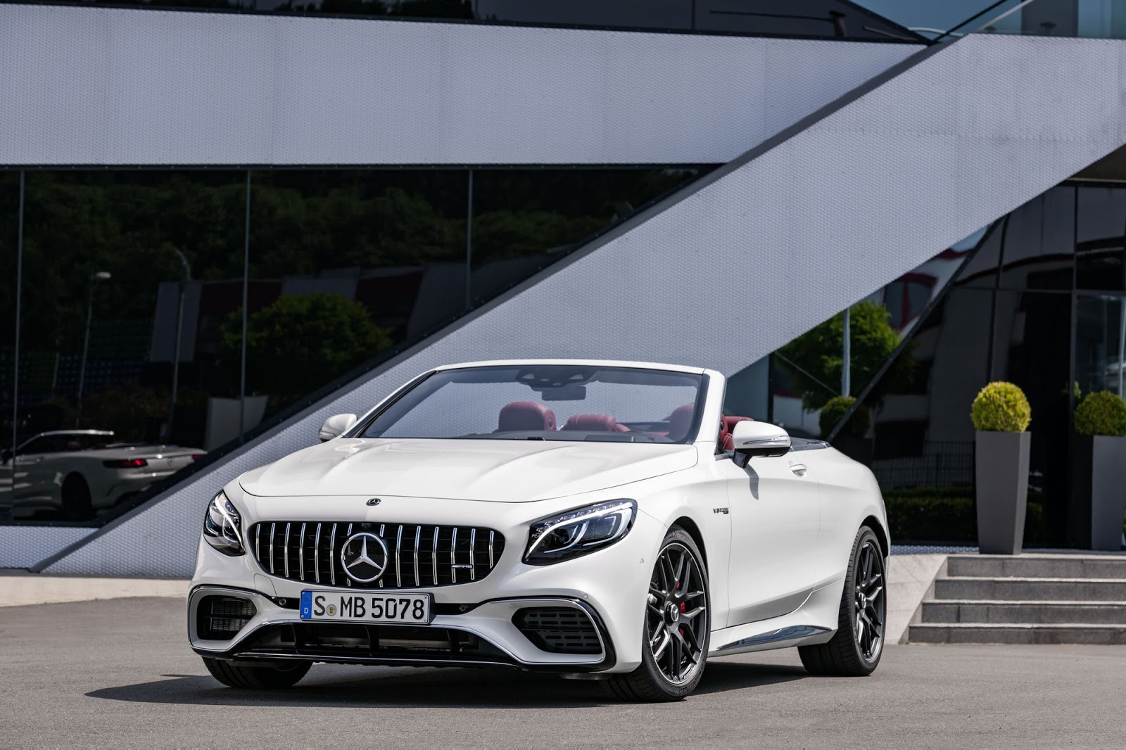 2018-mercedes-amg-s63-s65-coupe-cabriolet-20.jpg