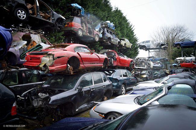 chris-pollitt-sportscar-scrapyard-11.jpg