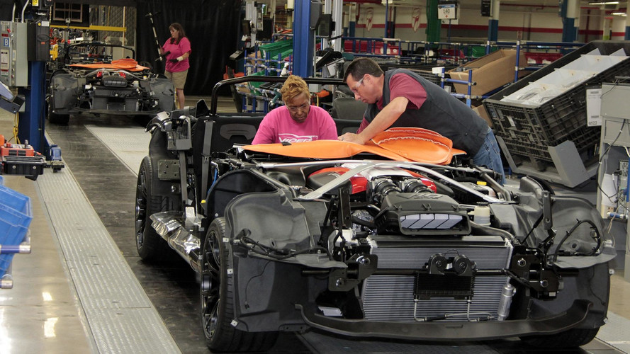 dodge-viper-production-at-conner-avenue-assembly_-_soymotor.jpg