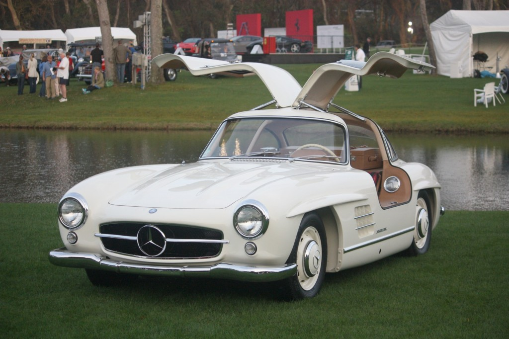 mercedes-benz-300sl-gullwing.jpg