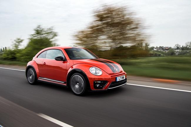 volkswagen-beetle-r-line-8_-_soymotor_0.jpg