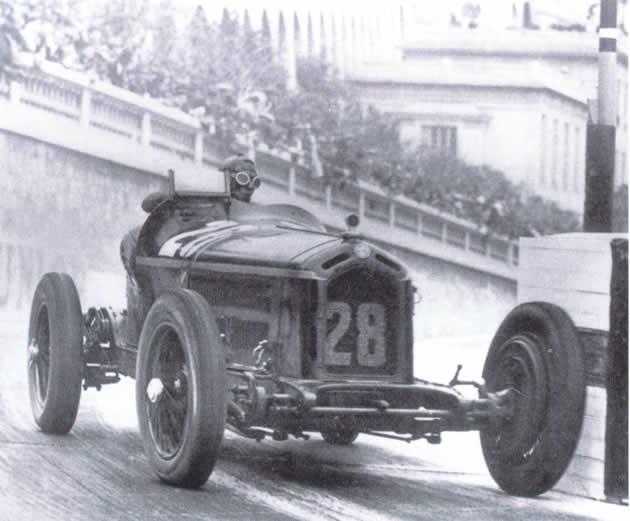 1932_nuvolari_con_alfa_romeo_8c_2300_vince_il_gp_di_monaco.jpg