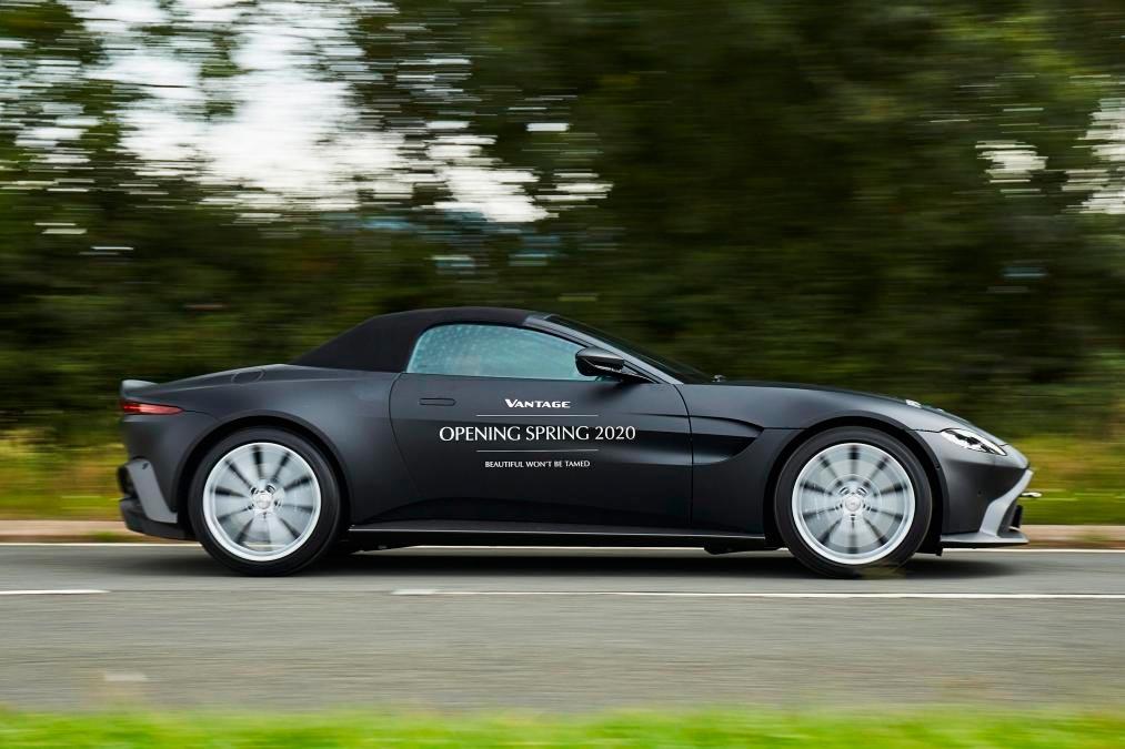 aston-martin-vantage-roadster-exterior-2-soymotor.jpg