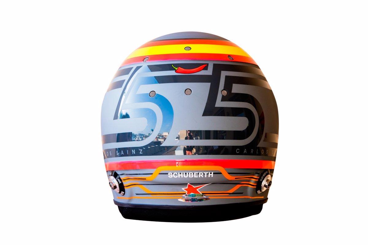 sainz-casco-mclaren-2-2018-f1-soymotor.jpg