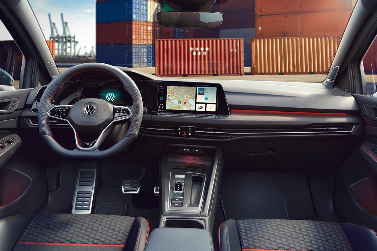 volkswagen-golf-gti-clubsport-45-interior-soymotor.jpg