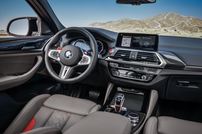 bmw-x4-m-competition-2019-interior.jpg