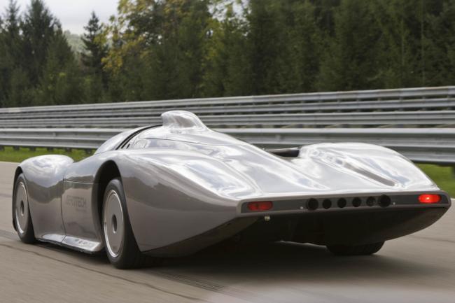 oldsmobile-aerotech-aurora-back.jpg