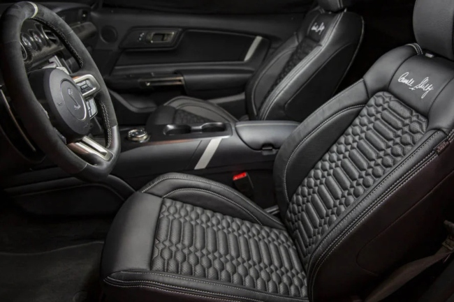 shelby-gt500-carroll-shelby-signature-edition-interior.jpg
