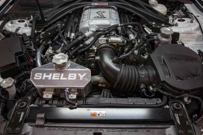 shelby-gt500-carroll-shelby-signature-edition-motor.jpg
