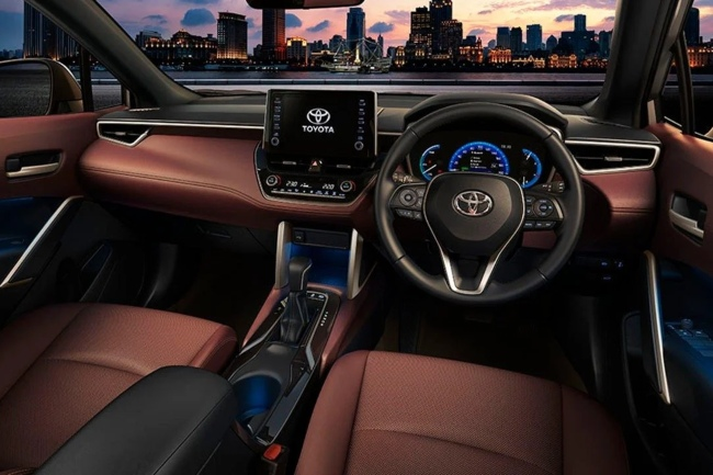 toyota-corolla-cross-2020-interior.jpg