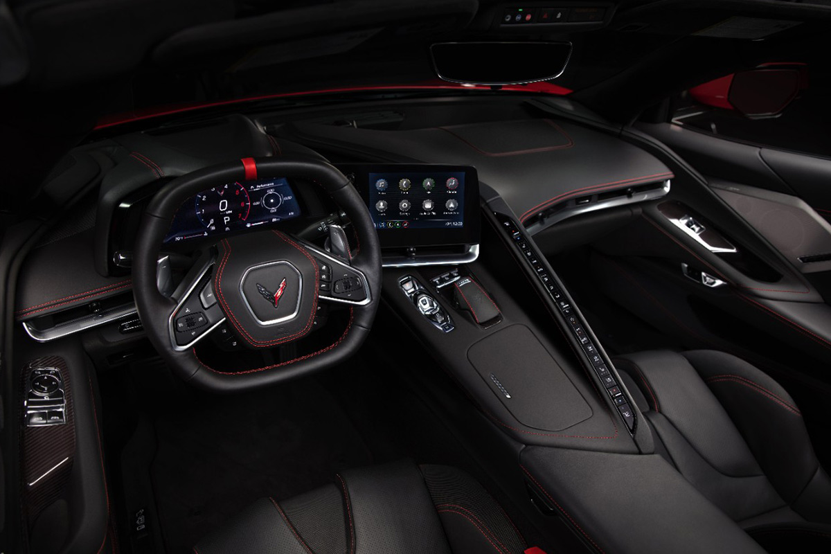 2020-chevrolet-corvette-stingray-interior.jpg