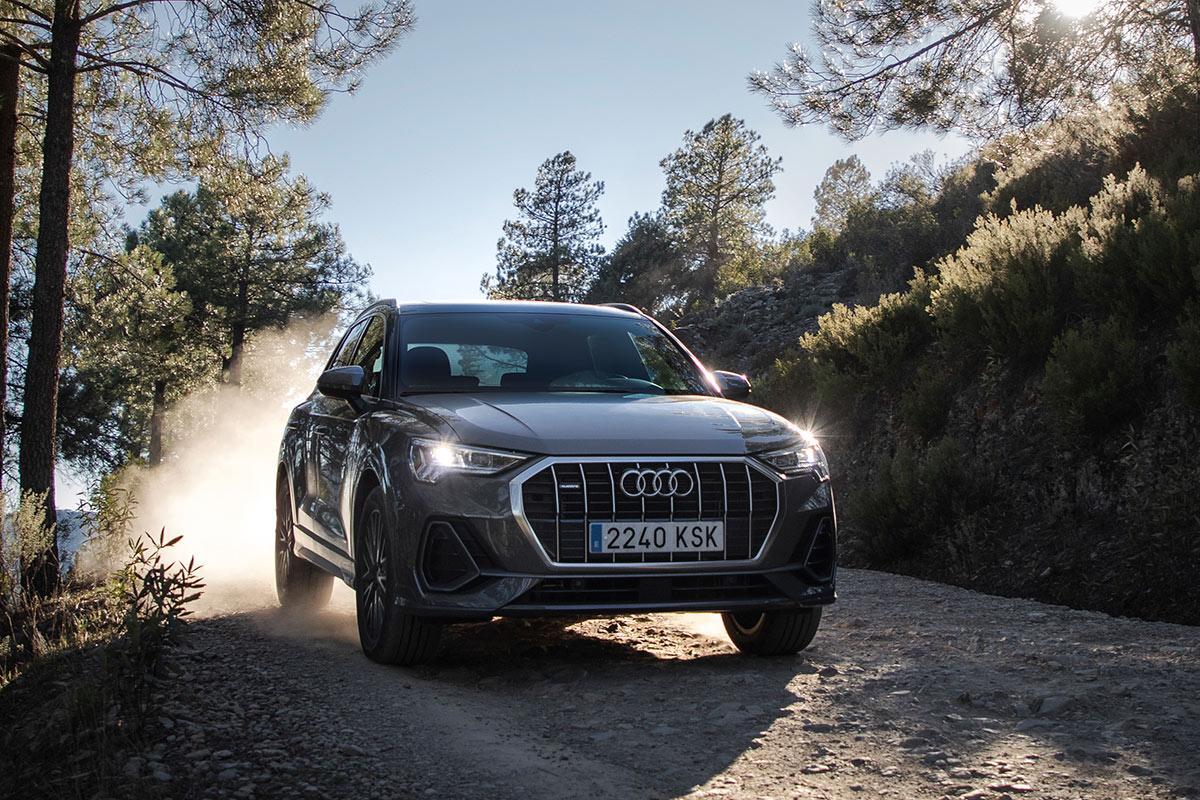 audi-q3-45-tfsi-2019-off-road-soymotor.jpg