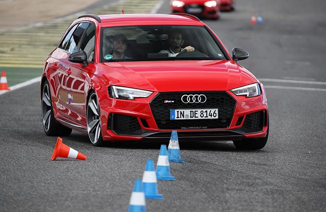 audi-rs4-avant-2018-driving-experience-jarama.jpg