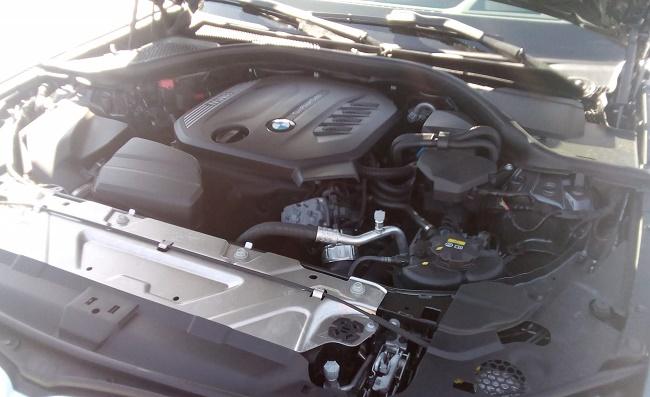 bmw-serie-3-motor-soymotor.jpg