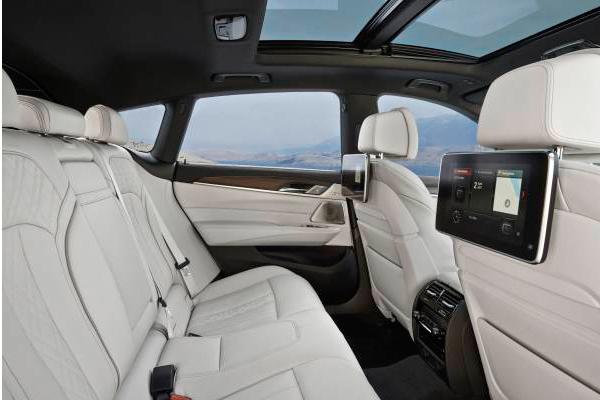 bmw-serie-6-gt-interior.jpg