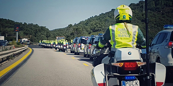 caravana-guardia-civil.jpg