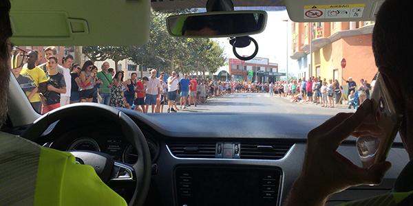 coche-guardia-civil-vuelta-ciclista-espana.jpg