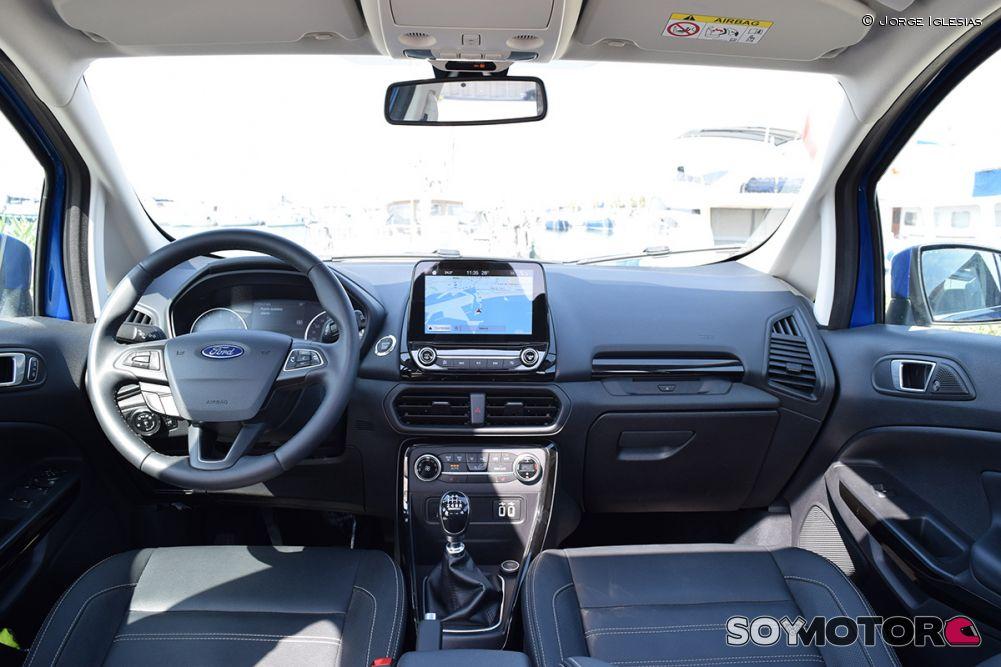 ford-ecosport-1.0-ecoboost-140-titanium-18-interior-soymotor.jpg