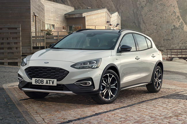 ford-focus-active-2018.jpg