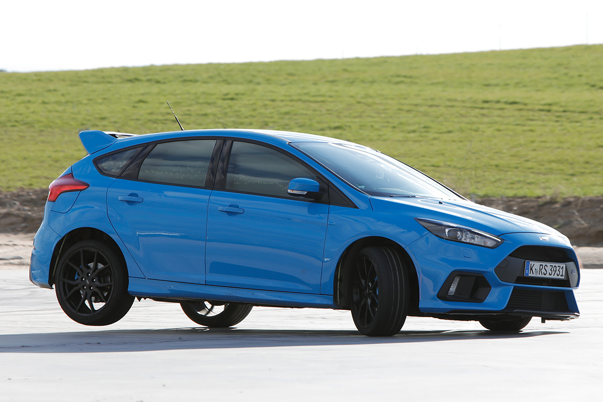 ford-focus-rs_0.jpg