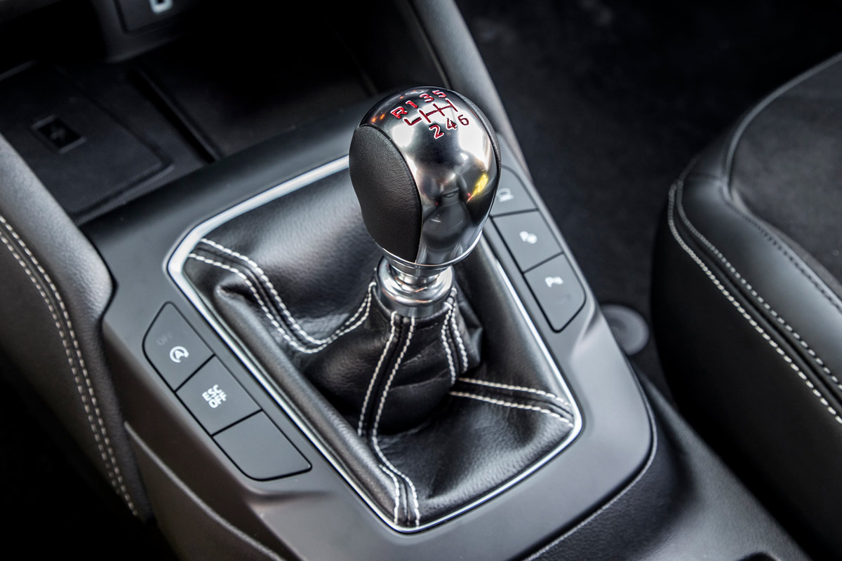 ford-focus-st-cambio-manual.jpg