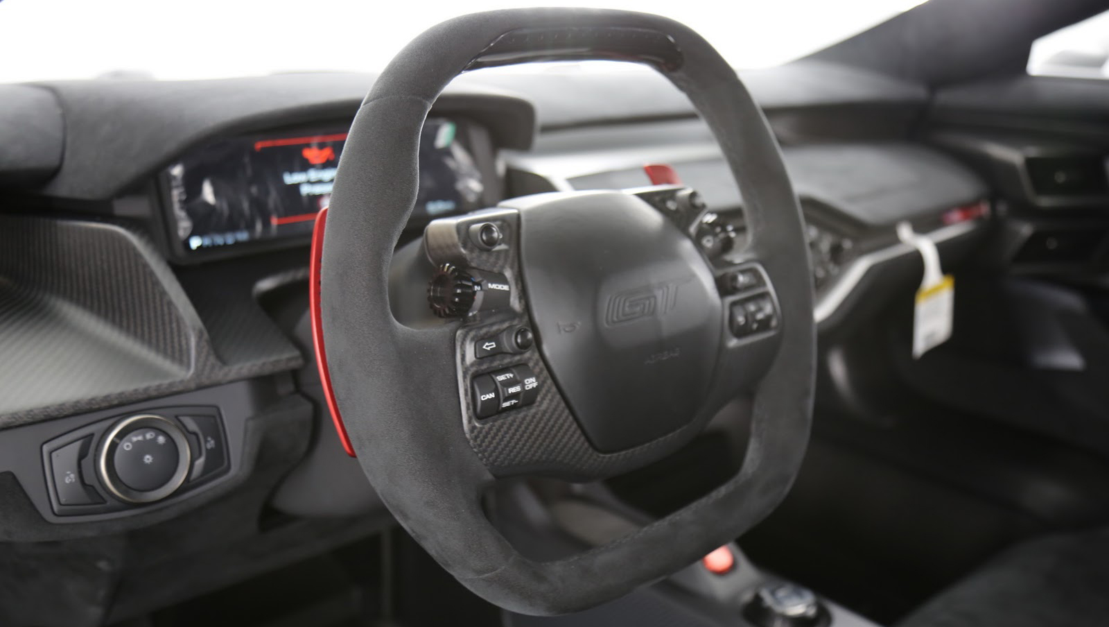ford-gt-competition-series-interior.jpg