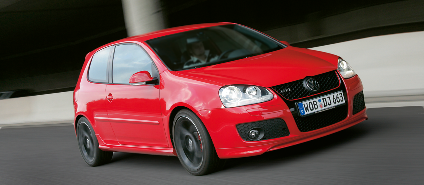 golf-gti-30-aniversario_oscuro.png