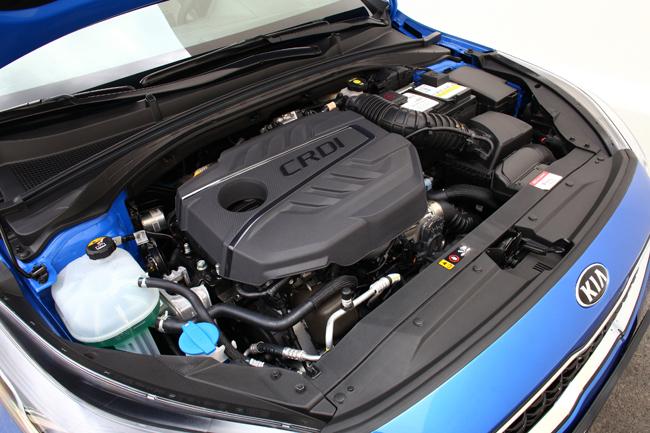 kia-ceed-motor.jpg