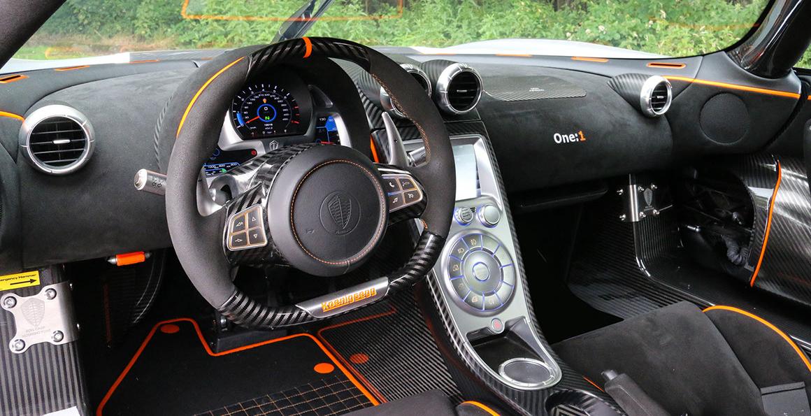 koenigsegg-one1-interior.jpg