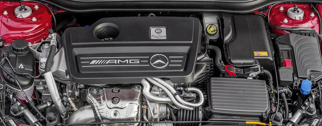 mercedes-amg-a45-2016-motor.jpg