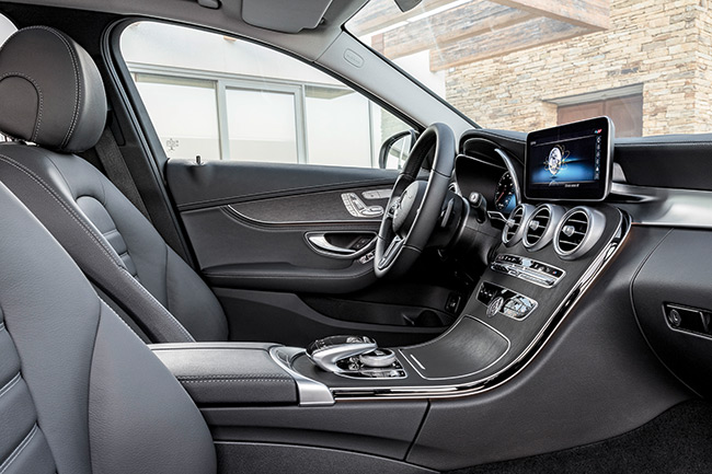 mercedes-clase-c-interior.jpg