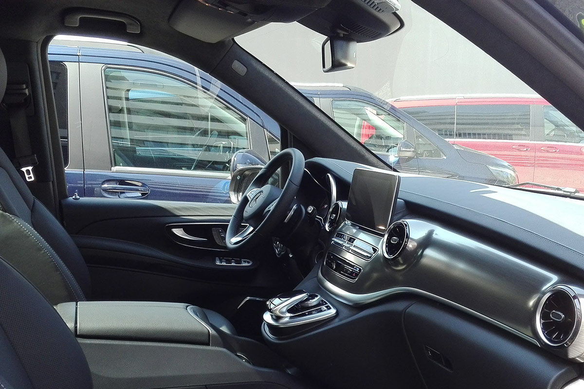 mercedes-clase-v-interior-soymotor_0.jpg