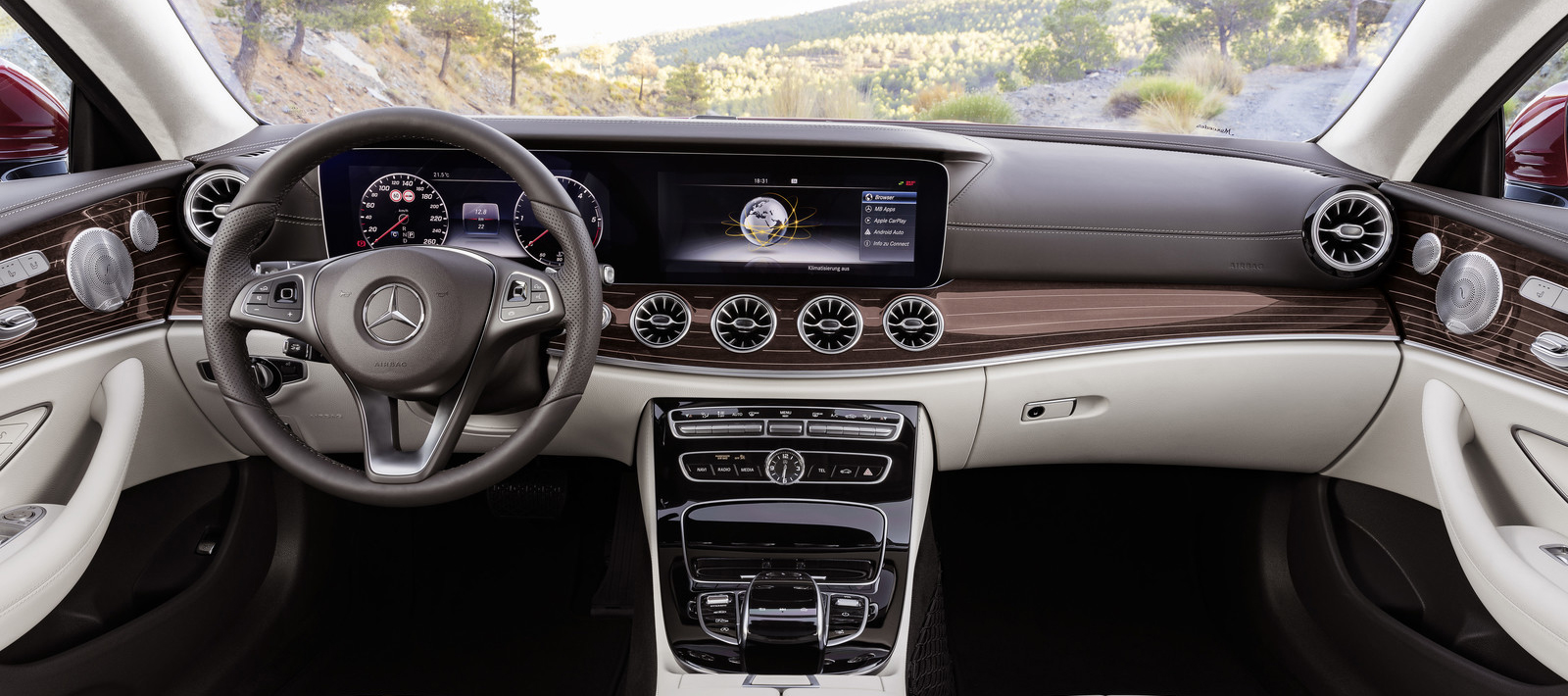 mercedes_clase_e_coupe_2017_interior.jpg