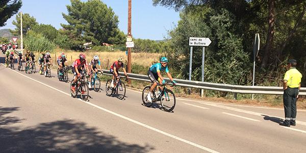 peloton_vuelta_ciclista.jpg