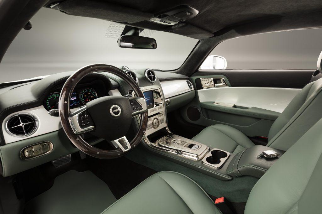 speedback_gt_interior.jpg