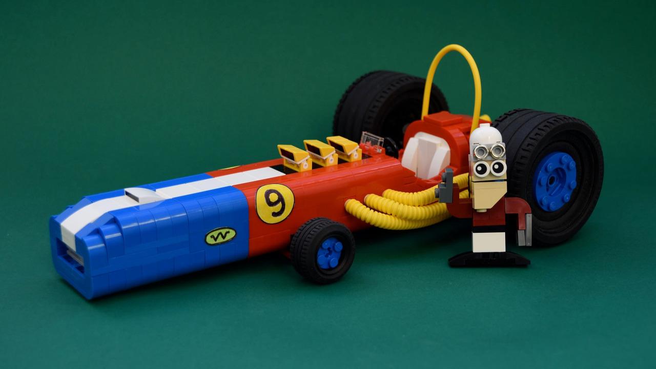 wacky-races-in-lego-form_2.jpg