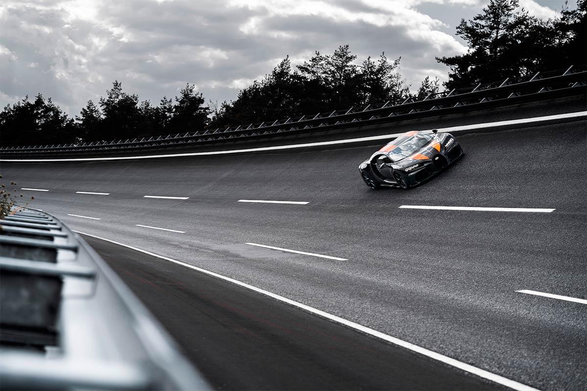 andy-wallace-effrayer-bugatti-3-soymotor.jpg
