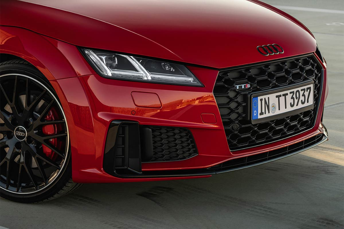 audi-tts-competition-frontal-soymotor.jpg