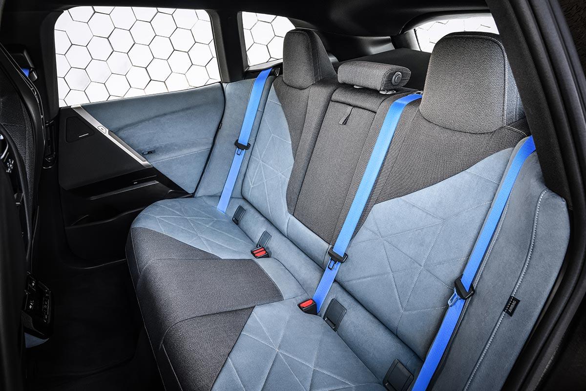 bmw-ix-2021-interior-4-soymotor.jpg