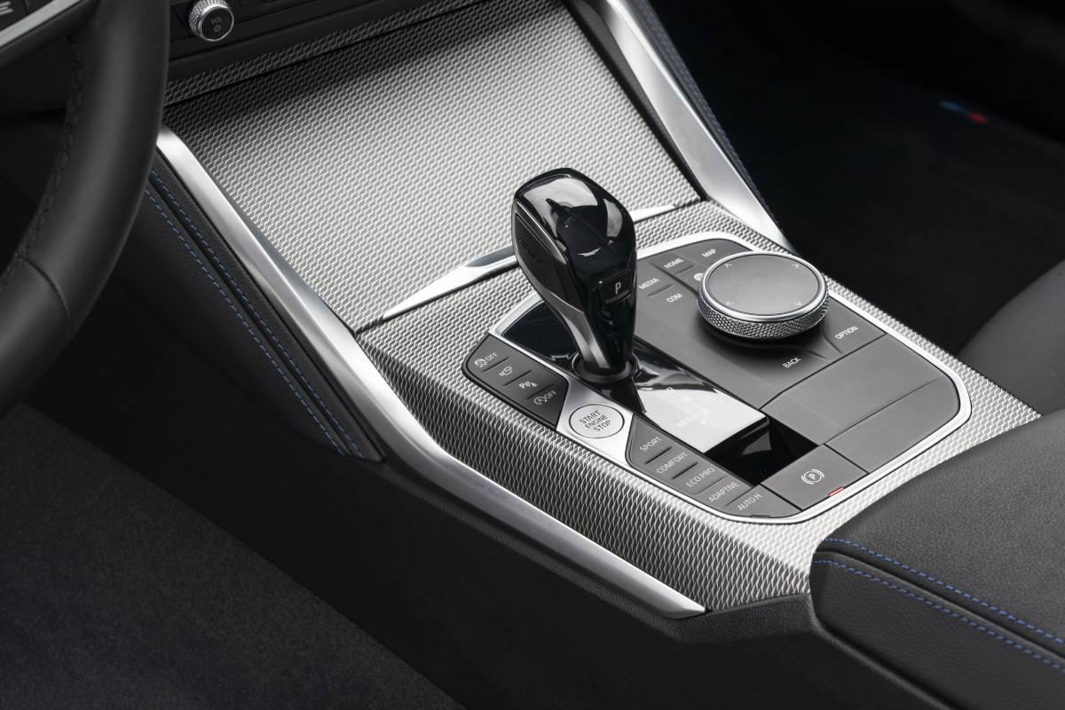 bmw-serie-2-2022-interior-3-soymotor.jpg