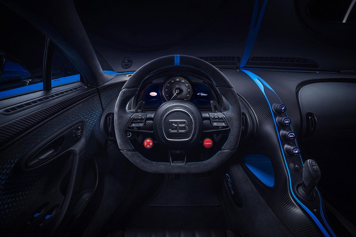 bugatti-chiron-pur-sport-300-interior-2-soymotor.jpg