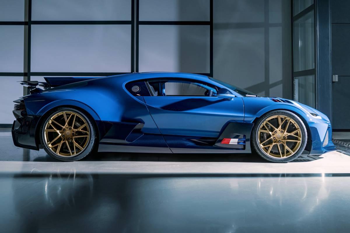 bugatti-divo-2021-lateral-soymotor.jpg